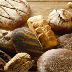 Cómo conservar el pan (y qué hacer si se queda duro)