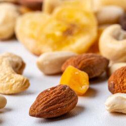 7 beneficios de los frutos secos en la alimentación geriátrica