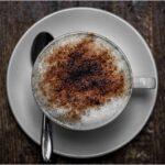 café con leche espumada